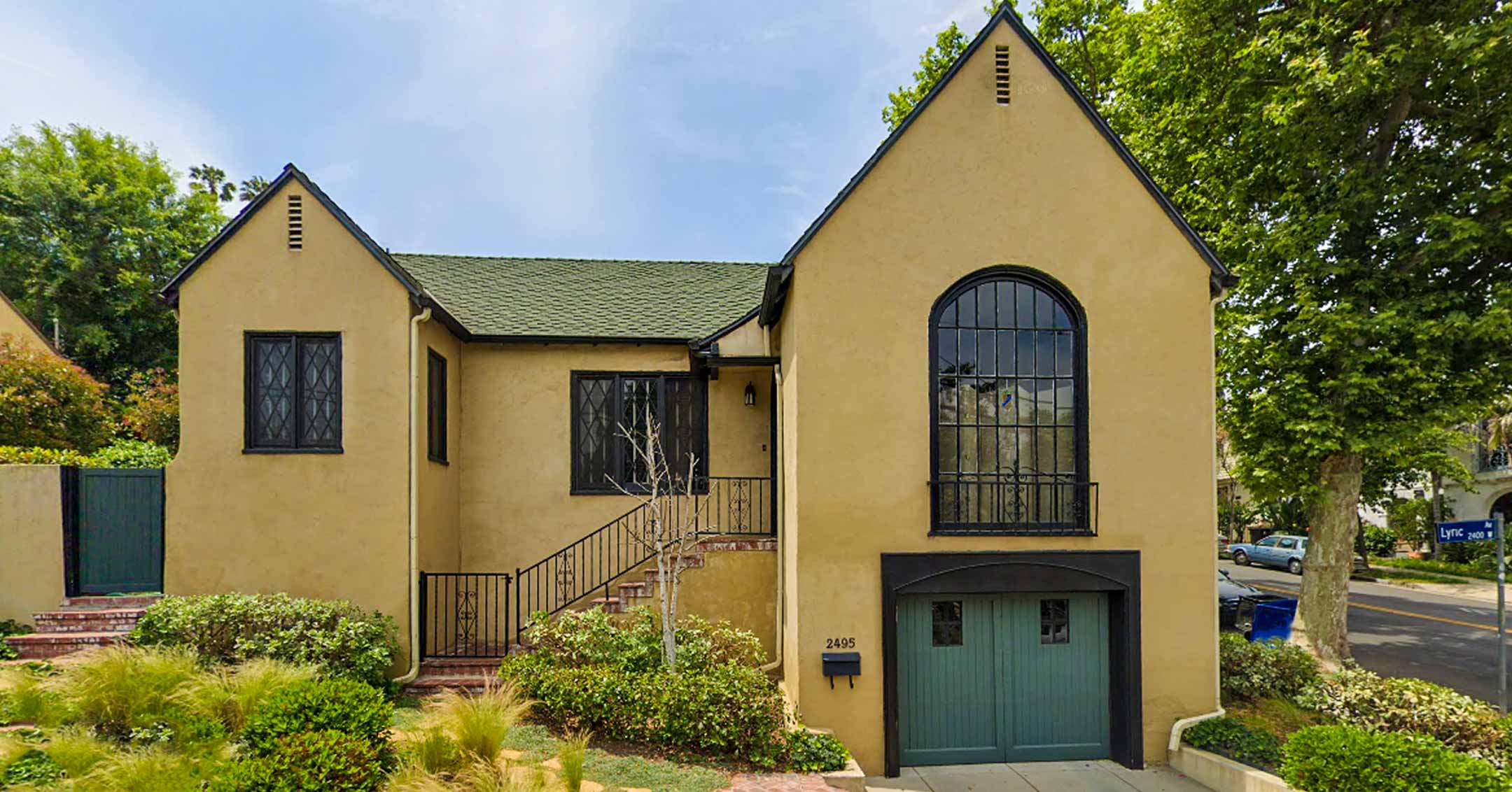 Roy Disney's home (Lyric Ave.)   FindingWalt.com